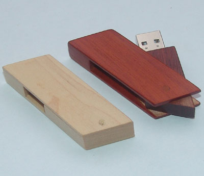 Swivel bamboo or wooden USB flash drive U530